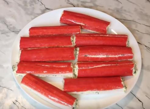 Фаршированные крабовые палочки: 6 рецептов начинки для фаршировки