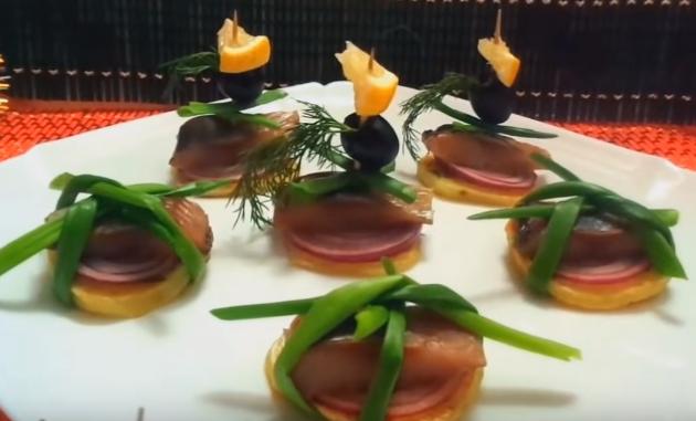 Фуршетный стол: Какое меню закусок можно предложить на праздник