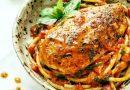Курица с базиликом и чесночным соусом