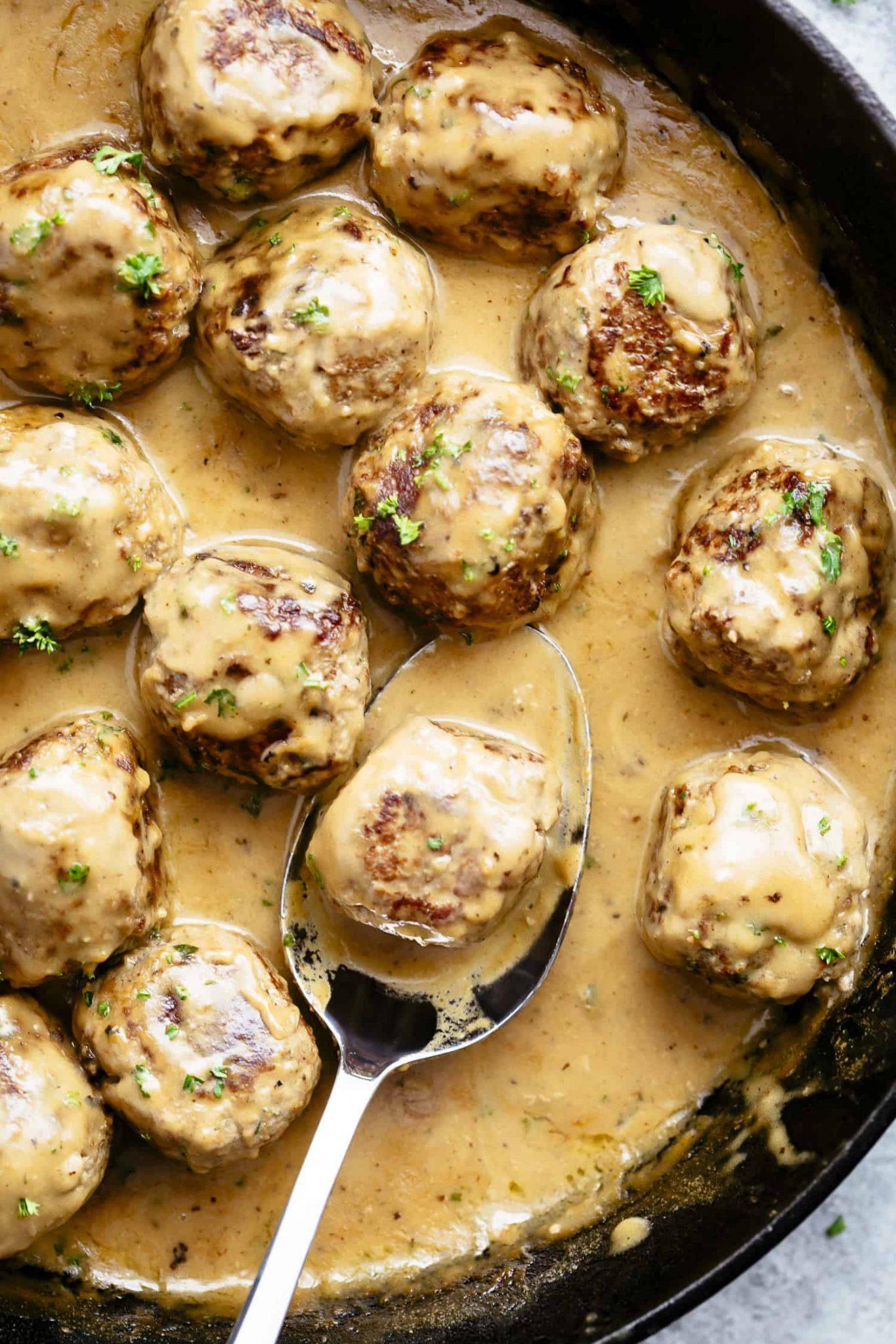 фрикадельки в сливочном соусе на сковороде рецепт с фото пошагово